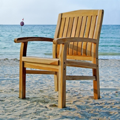 Lola Arm Teak Dining Chair